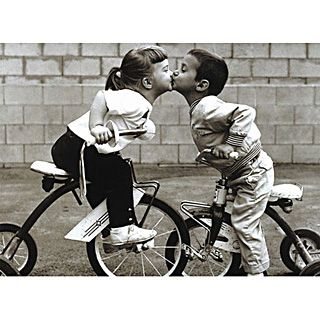 Tricycle Kiss